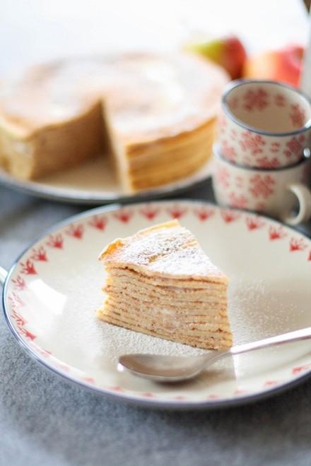Gâteau de crêpes sans gluten, pomme et chataîgne