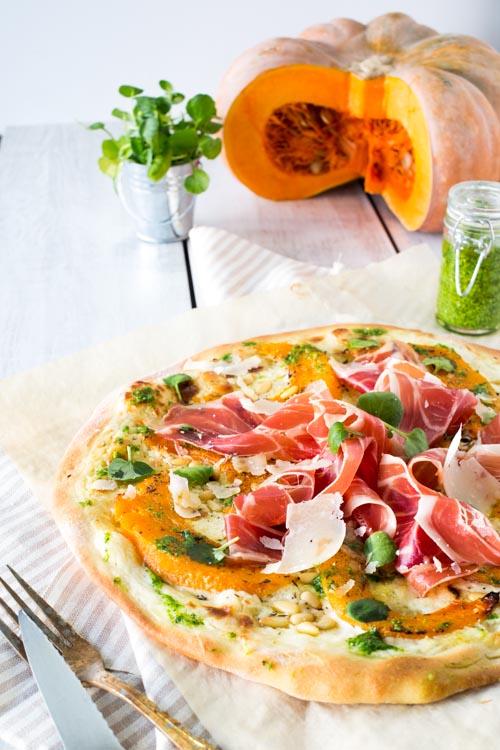boucheries-andre-recette-pizza-courge-jambon-pesto